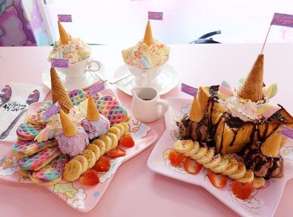 unicorn cafe bangkok tailandia peluches